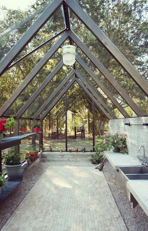 Greenhouse gardening pinterest invernadero for Vivero e invernadero