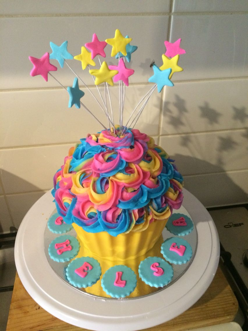 Rainbow Giant Cupcake With Images Giant Cupcake Cakes Big