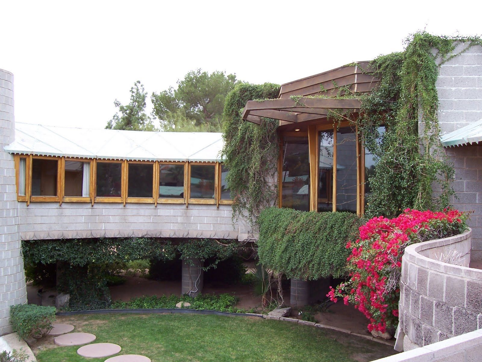 David and Gladys Wright House (1950, 1953), Phoenix, AZ