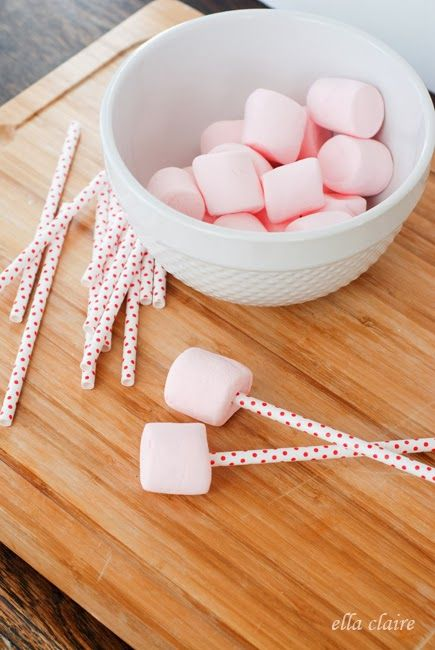 Strawberries and Cream Valentine Marshmallow Pops #flavoredmarshmallows