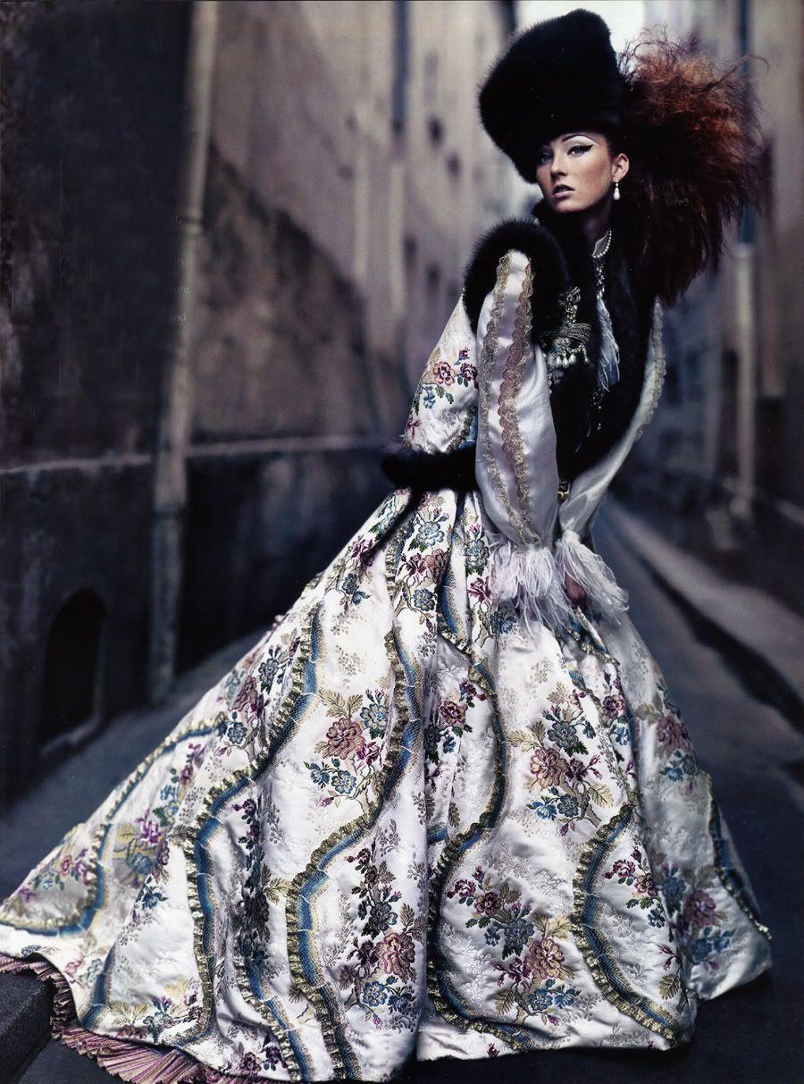 photographed by Craig McDean for Vogue US Sept 02. Grace Coddington, stylist | Maggie Rizer, model.