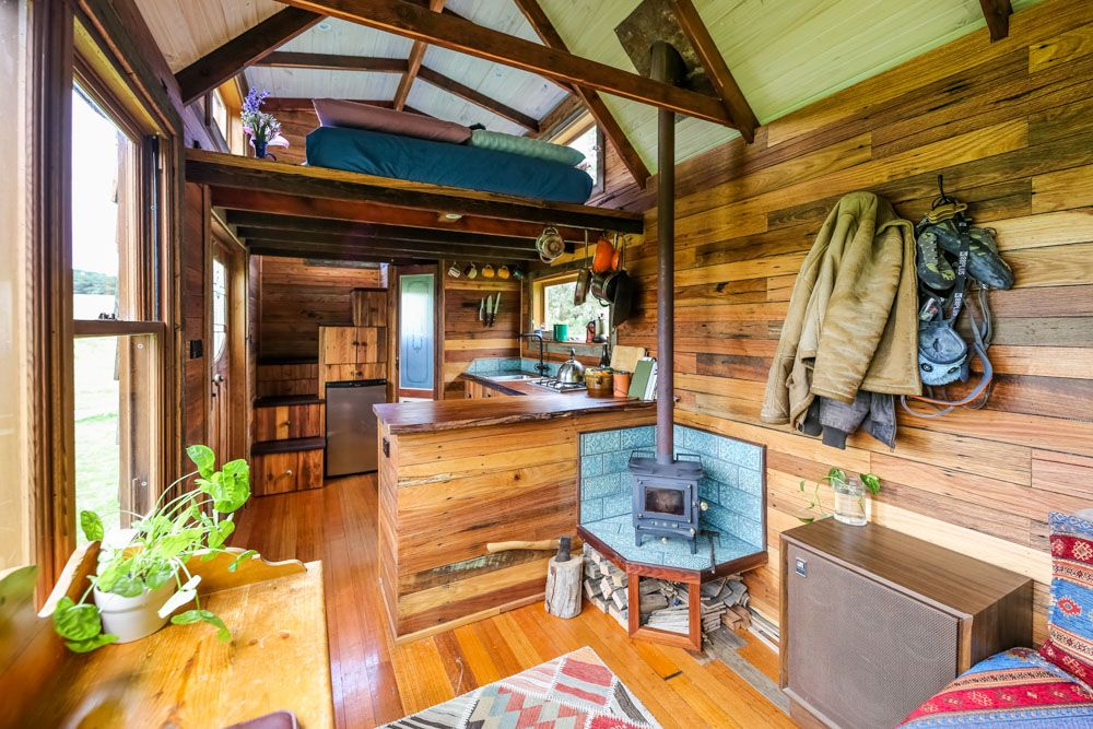 Super Affordable Off Grid Tiny House Built With Old Fence Palings Living Big In A Tiny House Off Grid Tiny House House Built Tiny House Design
