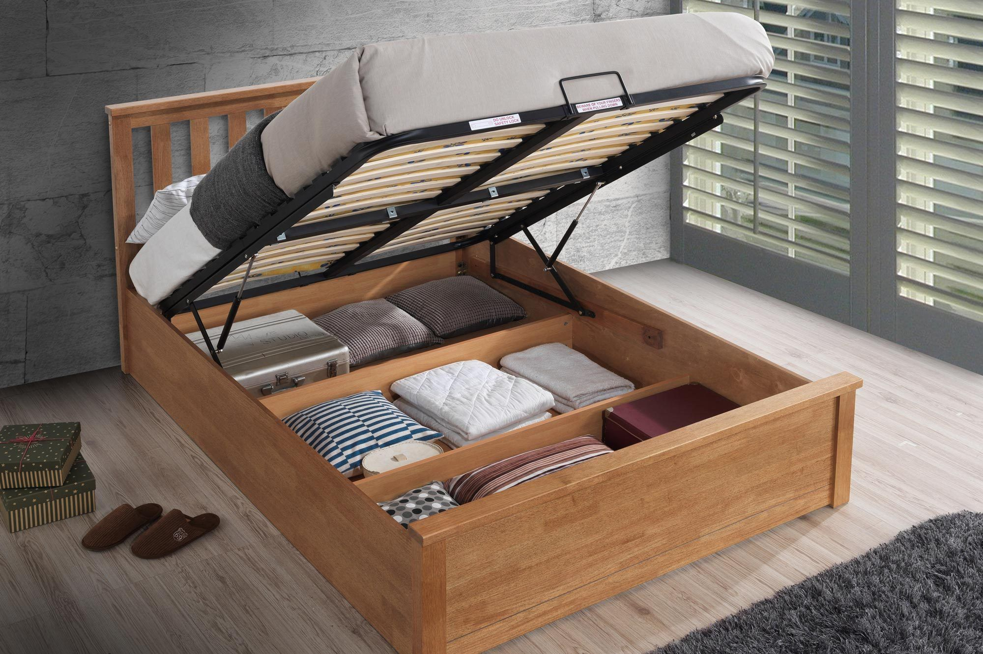 Chester Oak Ottoman Storage Bed Frame 5ft King Size