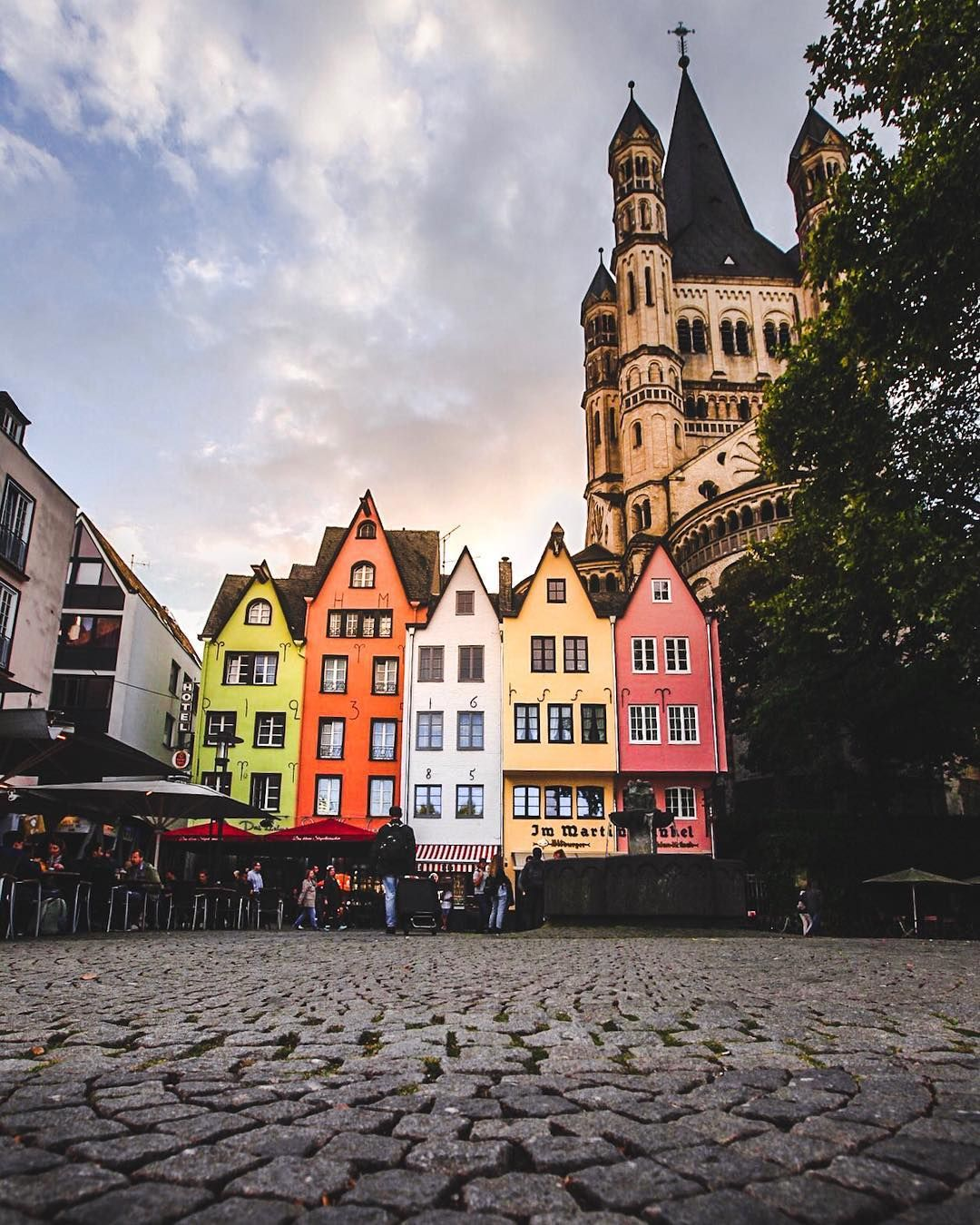 Beautiful Colorful Houses In The Old Town Of Cologne Beautiful Park Cologne Travel Around The World