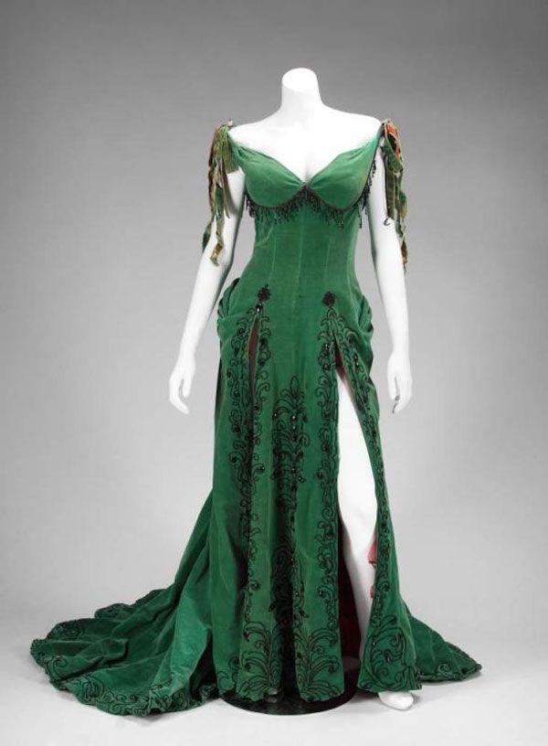 I love this dress Character Clothes - Ideas Pinterest Emerald - green dress halloween costume ideas