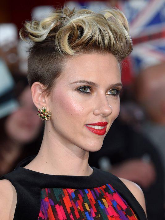 Scarlett Johansson Kurzes Haar Hochsteckfrisur Stil Neuefrisuren