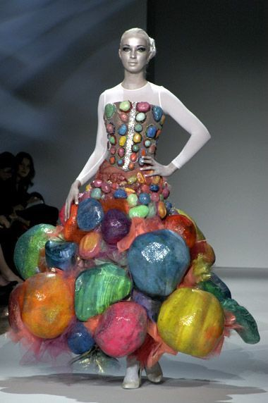 Why Are Runway Clothes So Weird: Pin By Karen McCreary On Fashion As Art