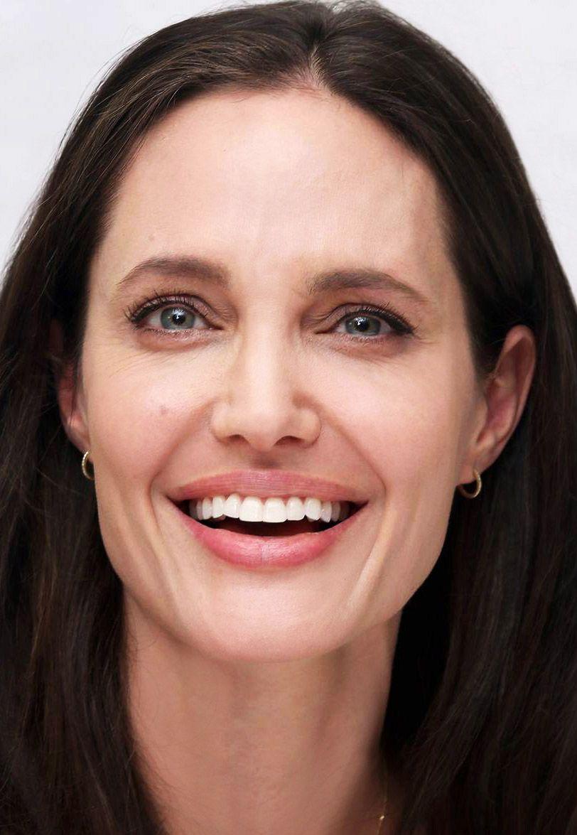 Angelina Jolie In Our Drd Diamond Huggie Earrings