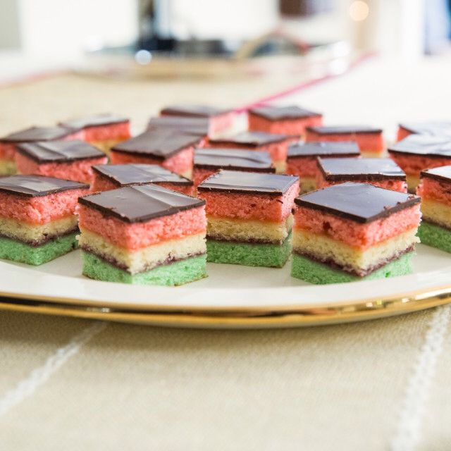 Neapolitan Holiday Cookies By Valerie Bertinelli