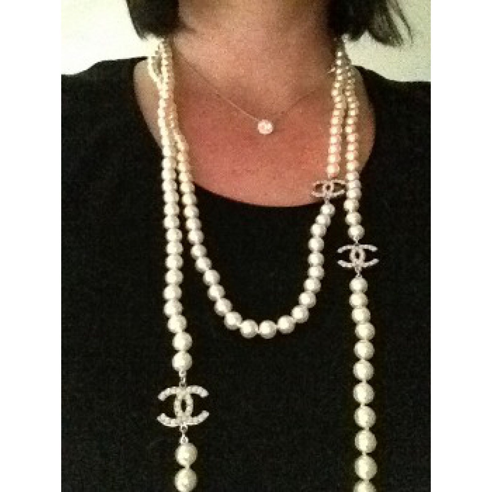 chanel long necklace chanel timeless 3 cc pearl necklace. Black Bedroom Furniture Sets. Home Design Ideas