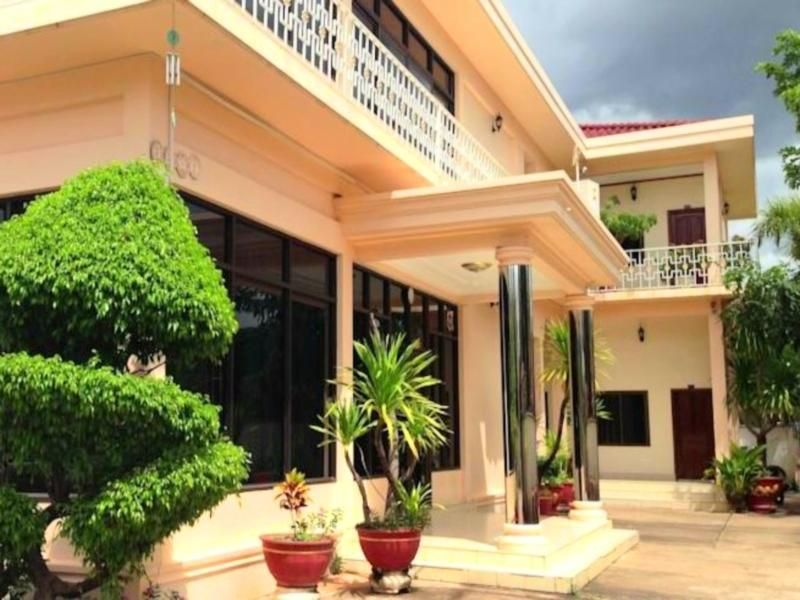 Vientiane Vilaysouk Hotel Laos Asia Set In A Prime Location Of