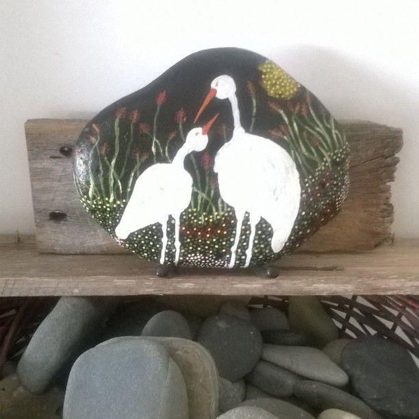 Dot art inspirations on rock by The Stunner Boutique #thestunnerboutique #DiamondBeach #Australia  #paintedrocks #dotart #rockart #interiordecoration #cottagechic #daystoremember #stones #birds #cranes #garden 🏡