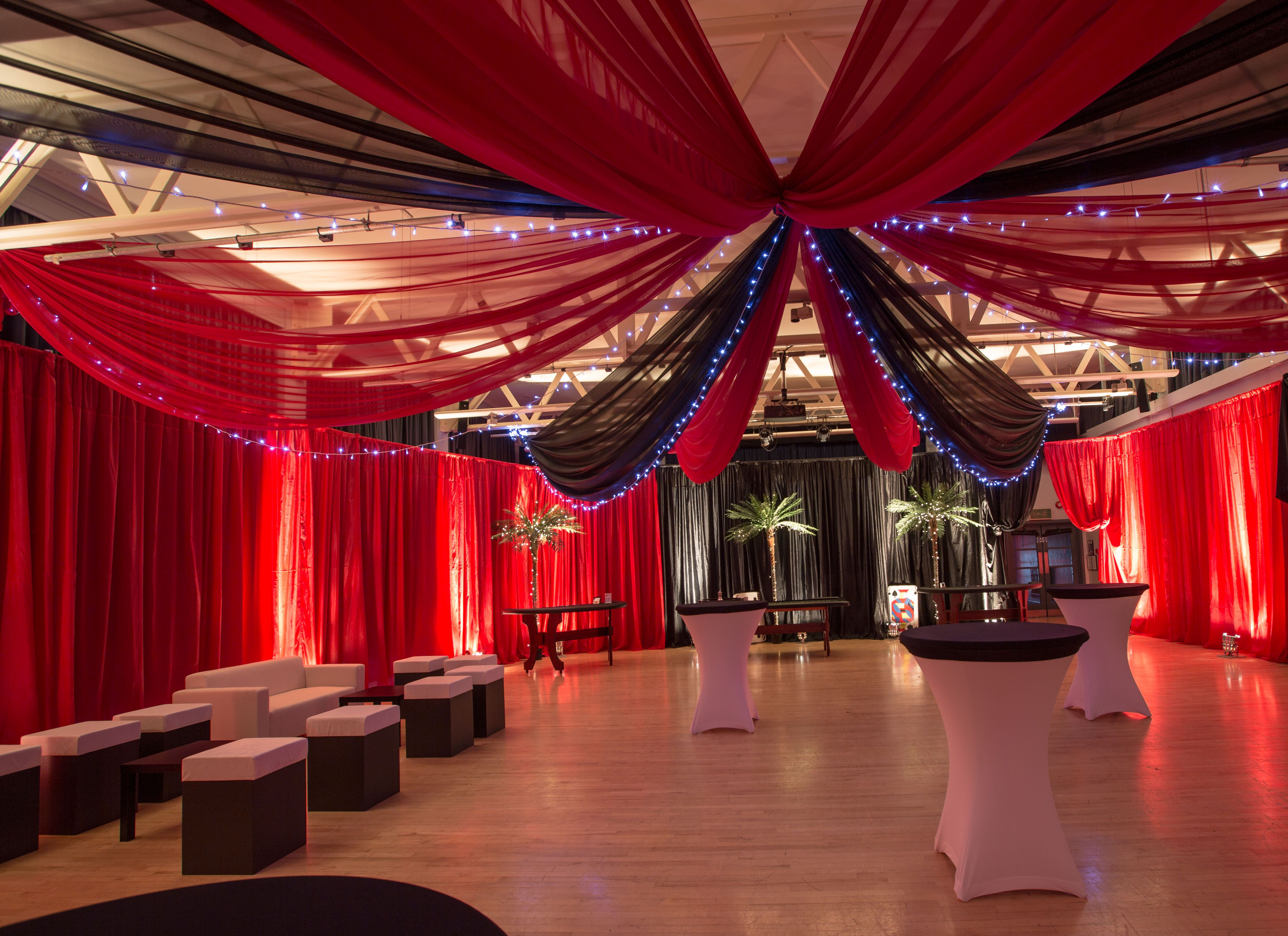 Hollywood casino party room