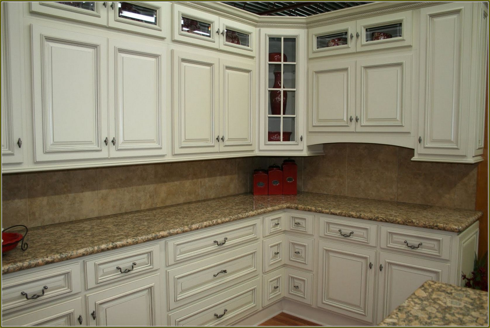 Best Pin By Rahayu12 On Interior Analogi Kitchen Cabinet 640 x 480