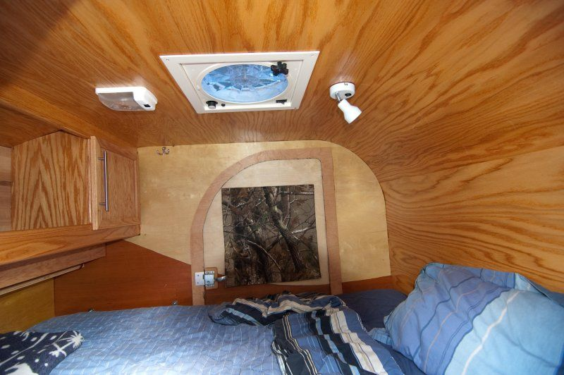 teardrop trailer interior teardrop trailer pinterest caravane. Black Bedroom Furniture Sets. Home Design Ideas