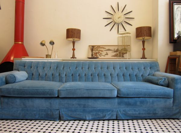 Vintage Mid Century Tufted Blue Velvet Chesterfield Sofa Couch 8ft Long From Craigslist Velvet Tufted Sofa Sofa Inspiration Sectional Sofa With Chaise