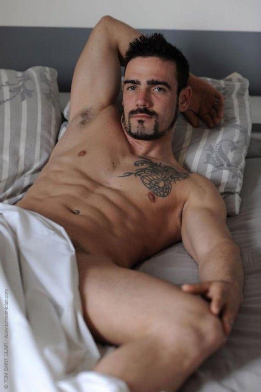 mies erektio eroottista homoseksuaaliseen hierontaa tampere