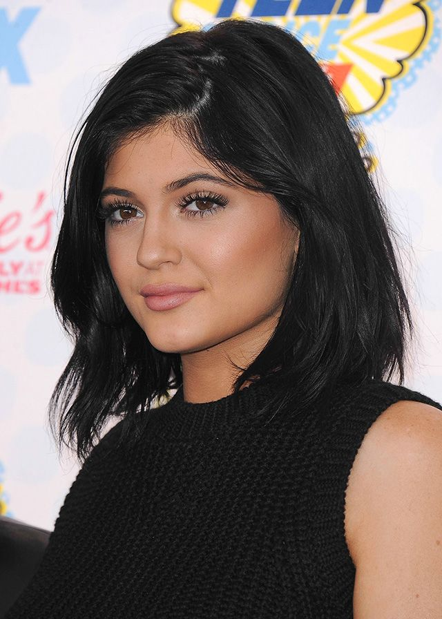 Long Or Short Hair Which Kylie Jenner Do You Like Better Hollyscoop Short Hair Styles Kylie Jenner Hair Hair Inspiration Color