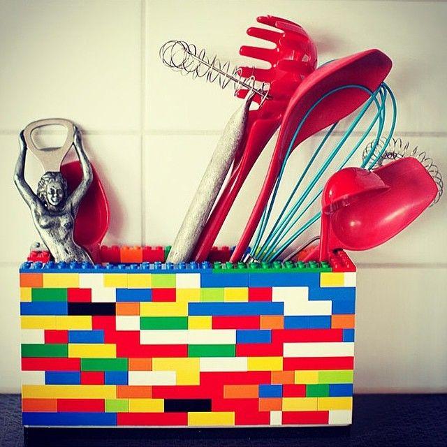 """75 tykkäystä, 1 kommenttia - Lekmer.fi 🚁 (@lekmer_fi) Instagramissa: """"Legoja näkyvissä...keittiössä! #lekmerfi  #lego"""""""