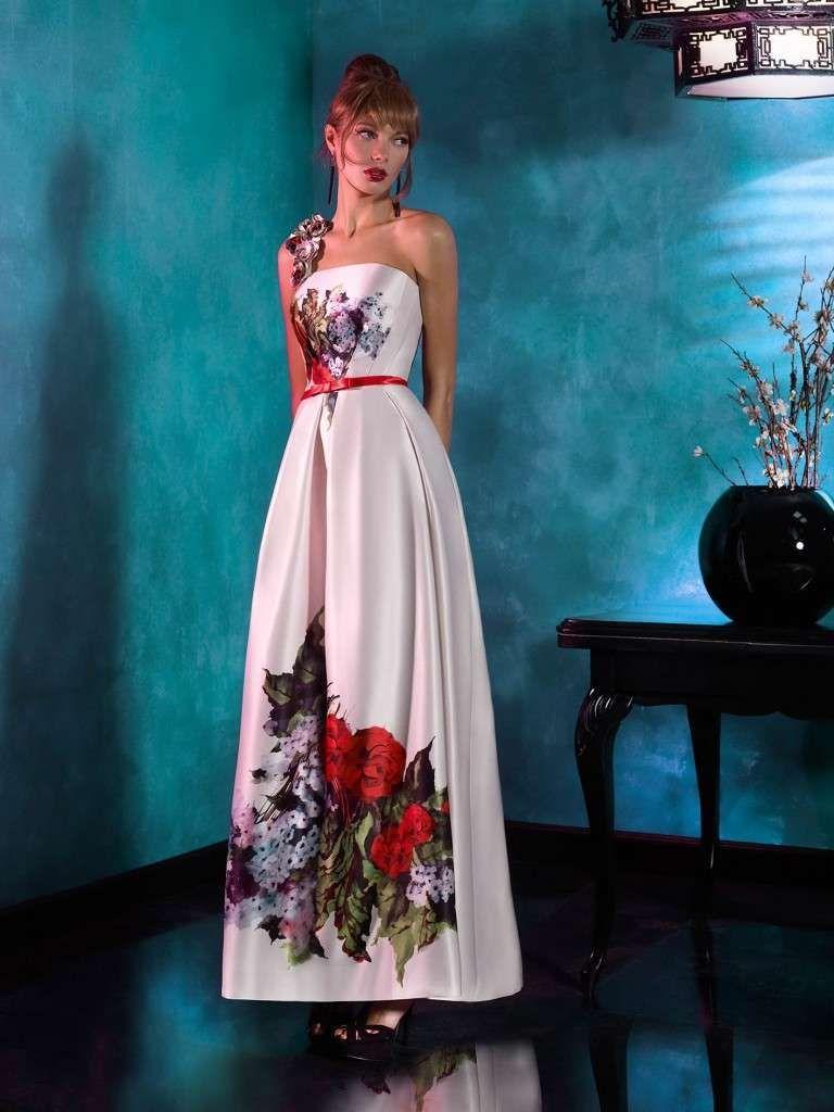 Idee look matrimonio d\'estate - Long dress monospalla Carla Ruiz ...