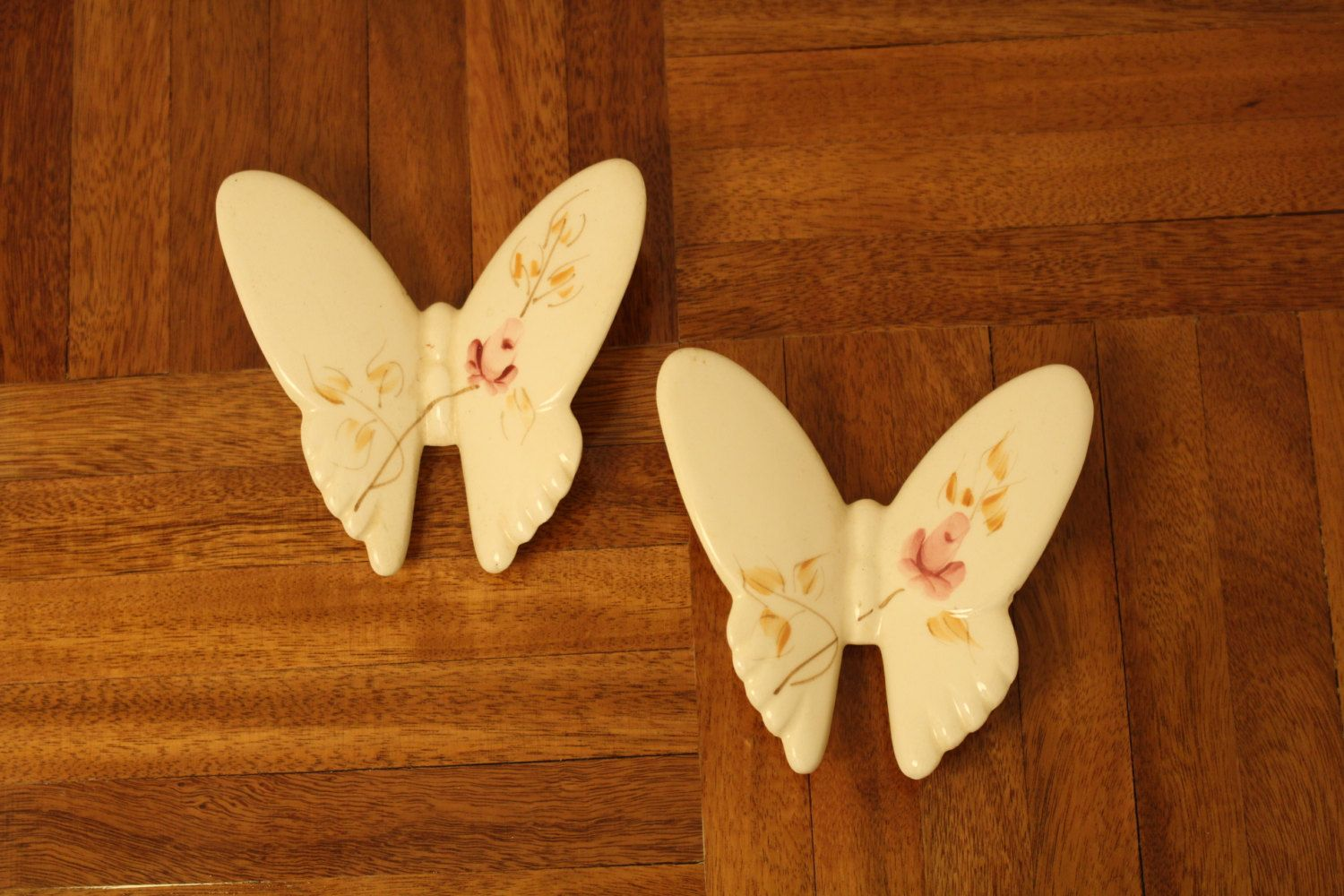 2 Butterfly Hand Decorated Ceramic Wall Art Hanging w/ Painted Pink ...