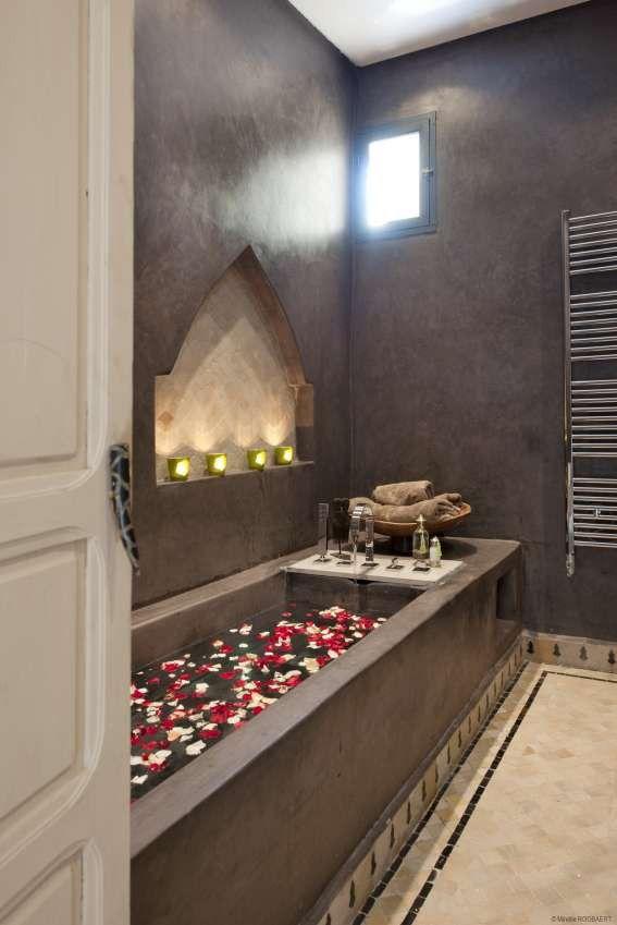 Bathroom decorations 38 Super Beautiful Moroccan Bathrooms ...