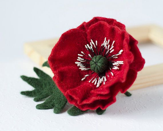 Red Poppy Brooch / felt brooches pins / red flower by TaniaFelt
