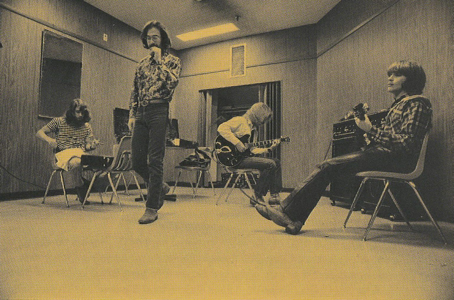 Popular Creedence Clearwater Revival Pictures Creedence Clearwater Revival Clearwater Revival Rock And Roll