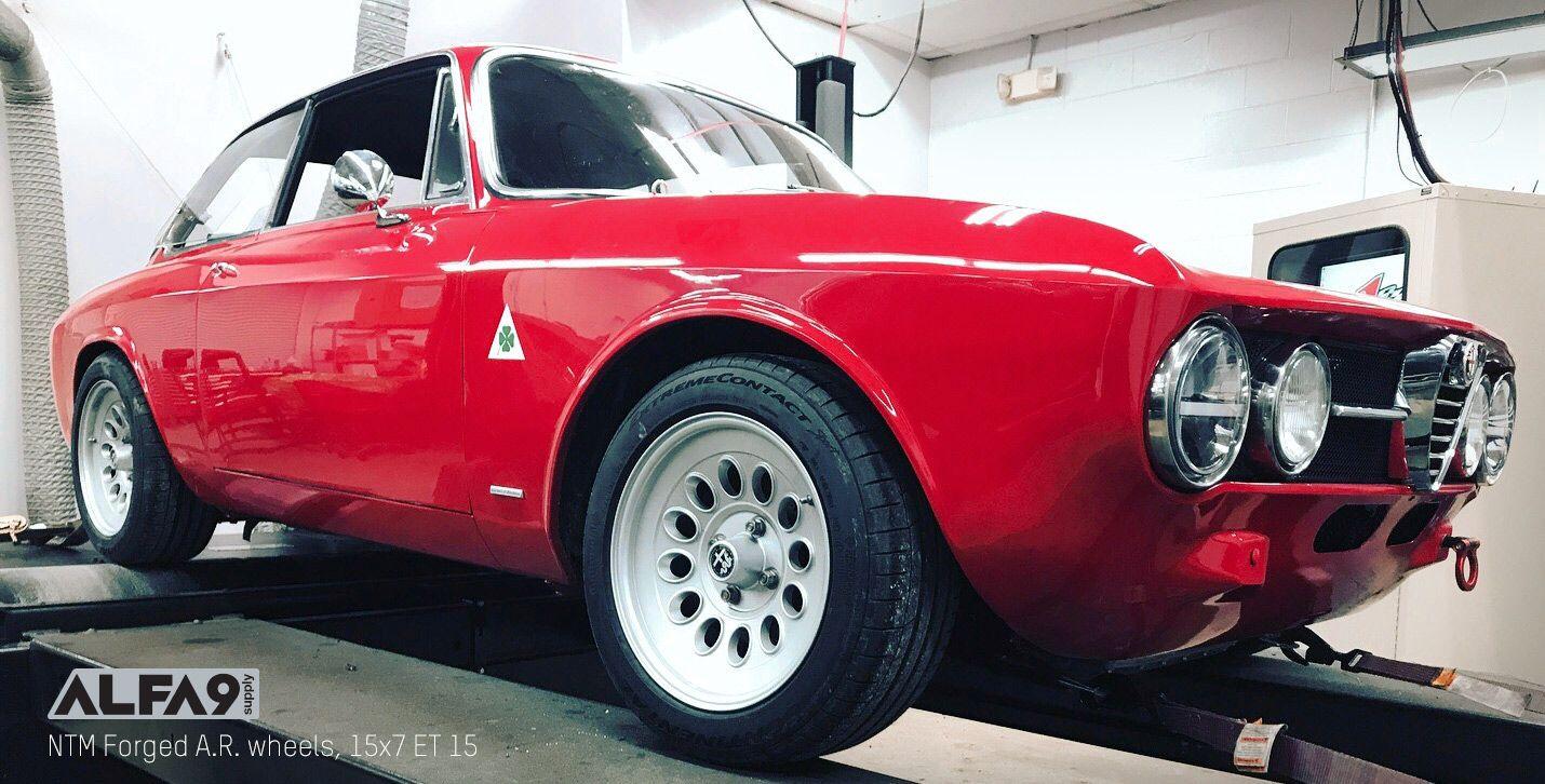 Alfa Romeo Gtv 2000 Bertone For Sale Alfa Gtv Retro Wheels Alfa Gtv Alfa Bertone Racing