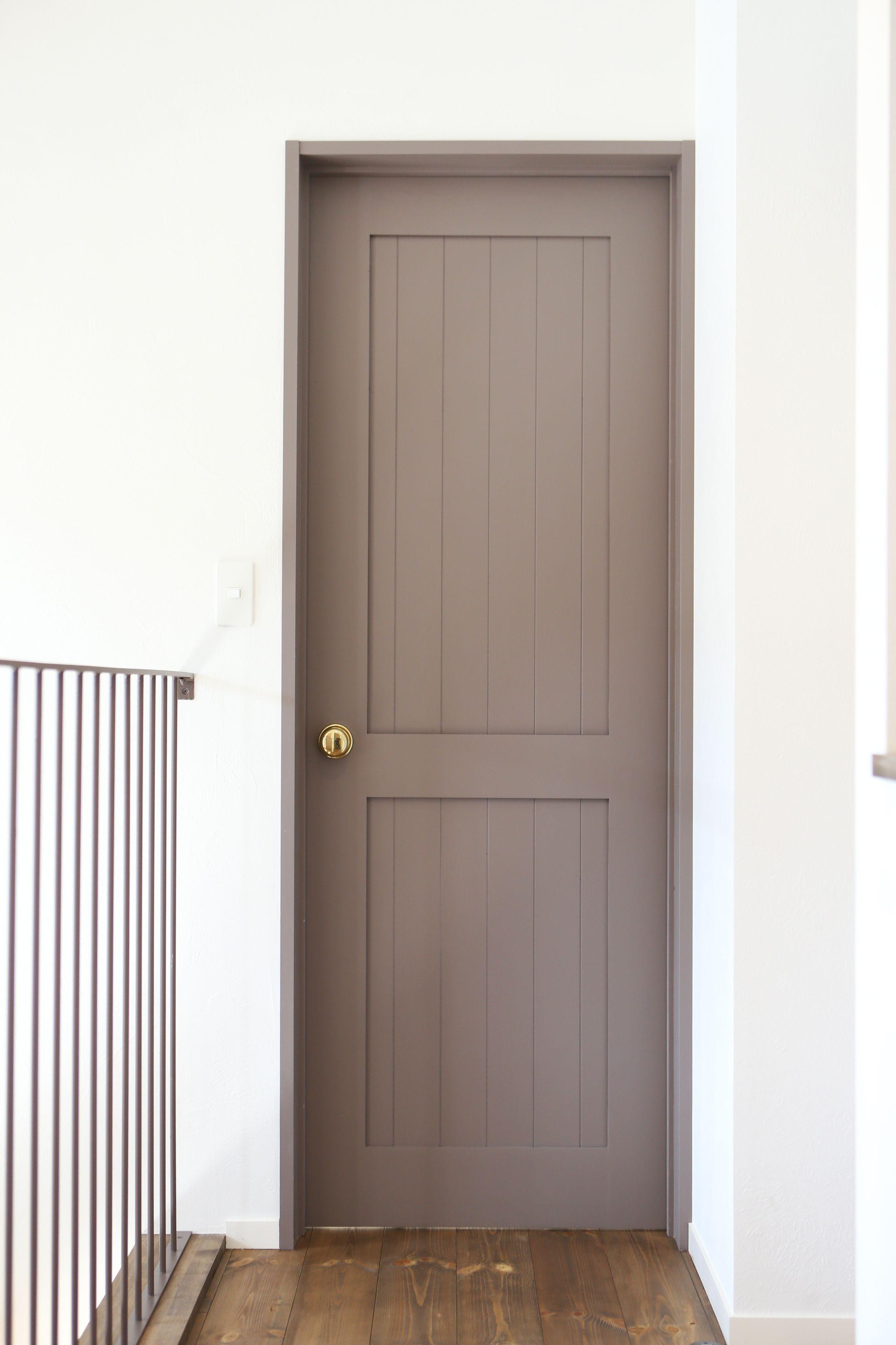 赤いドアが出迎える フレンチカラーのお家 ゼストの写真集 倉敷市 注文