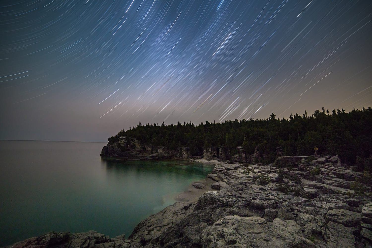 How to Shoot Spectacular Star Trail Photographs | Contrastly#contrastly #photographs #shoot #spectacular #star #trail