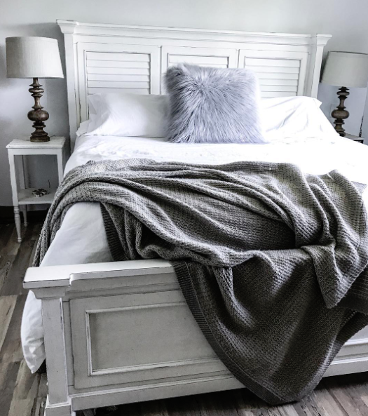 This Bed From Walkeru0027s Furniture Is The Perfect Addition To Any Bedroom.  Add A Throw Blanket And Accent Pillows To Make This A Cozy Fall Sanctuary!