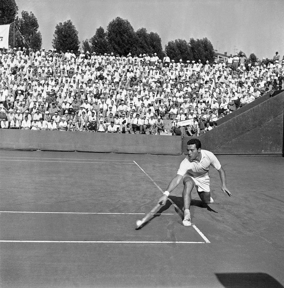 IlPost Nicola Pietrangeli nella partita di Coppa Davis contro lo