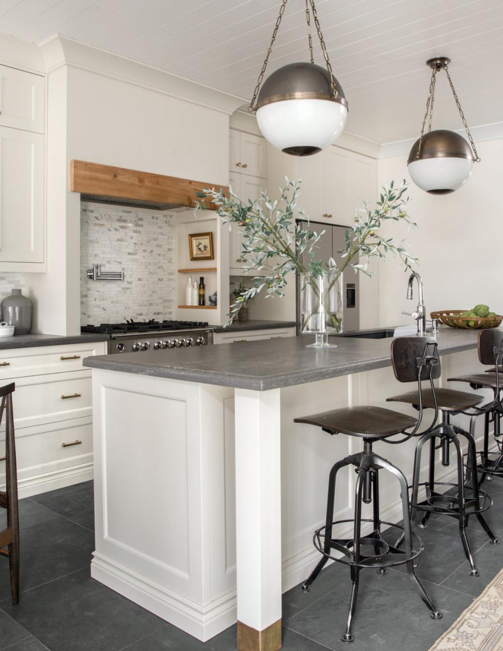 My Mom S Kitchen The Reveal Lark Linen Kitchen Design Kitchen Renovation Kitchen
