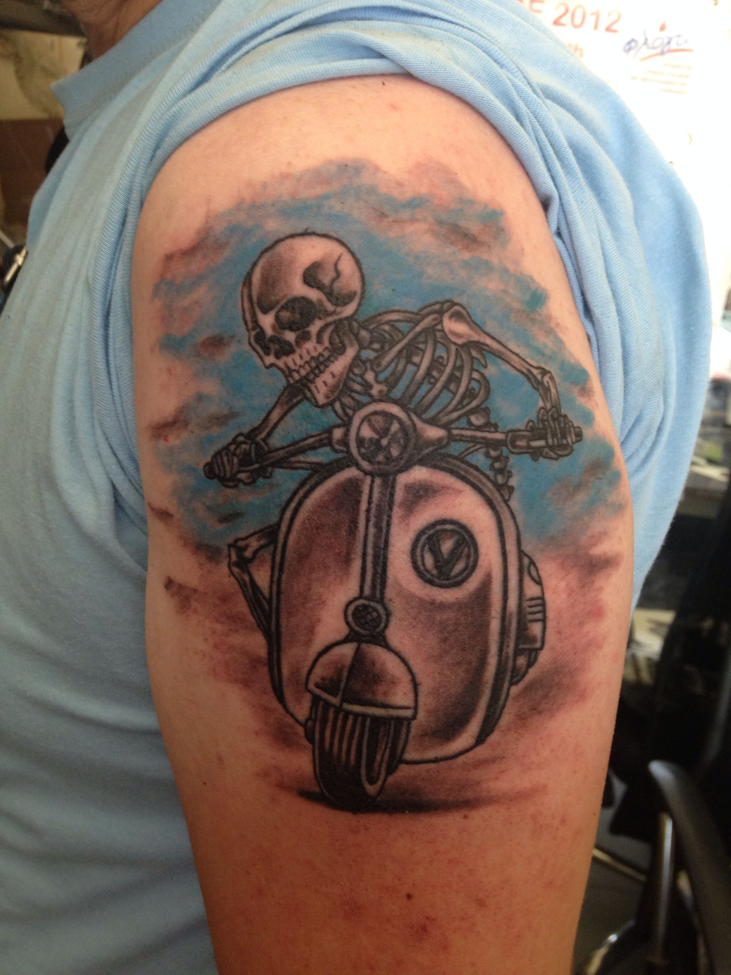 Custom Made Tattoo Vespa Body Art Tattoos Make Tattoo Tattoos