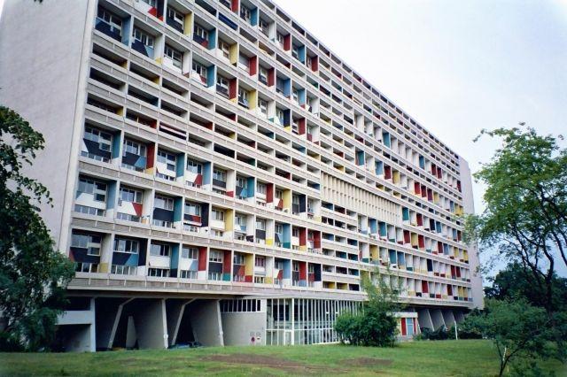 Le corbusier unit d 39 habitation de marseille architecture classics p - Le corbusier lampe de marseille ...