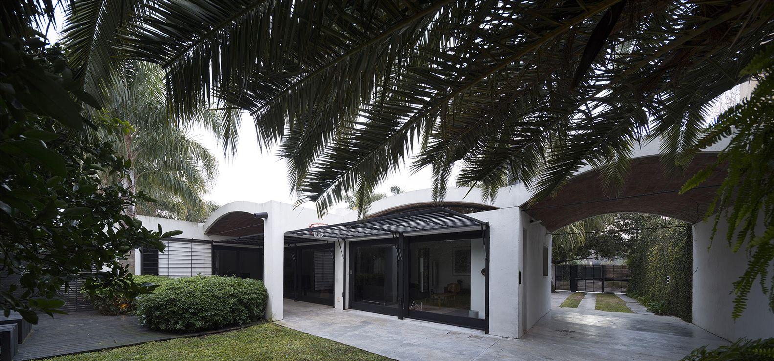 Gallery of HQ House / Fernando De Rossa + Virginia Miguel 19