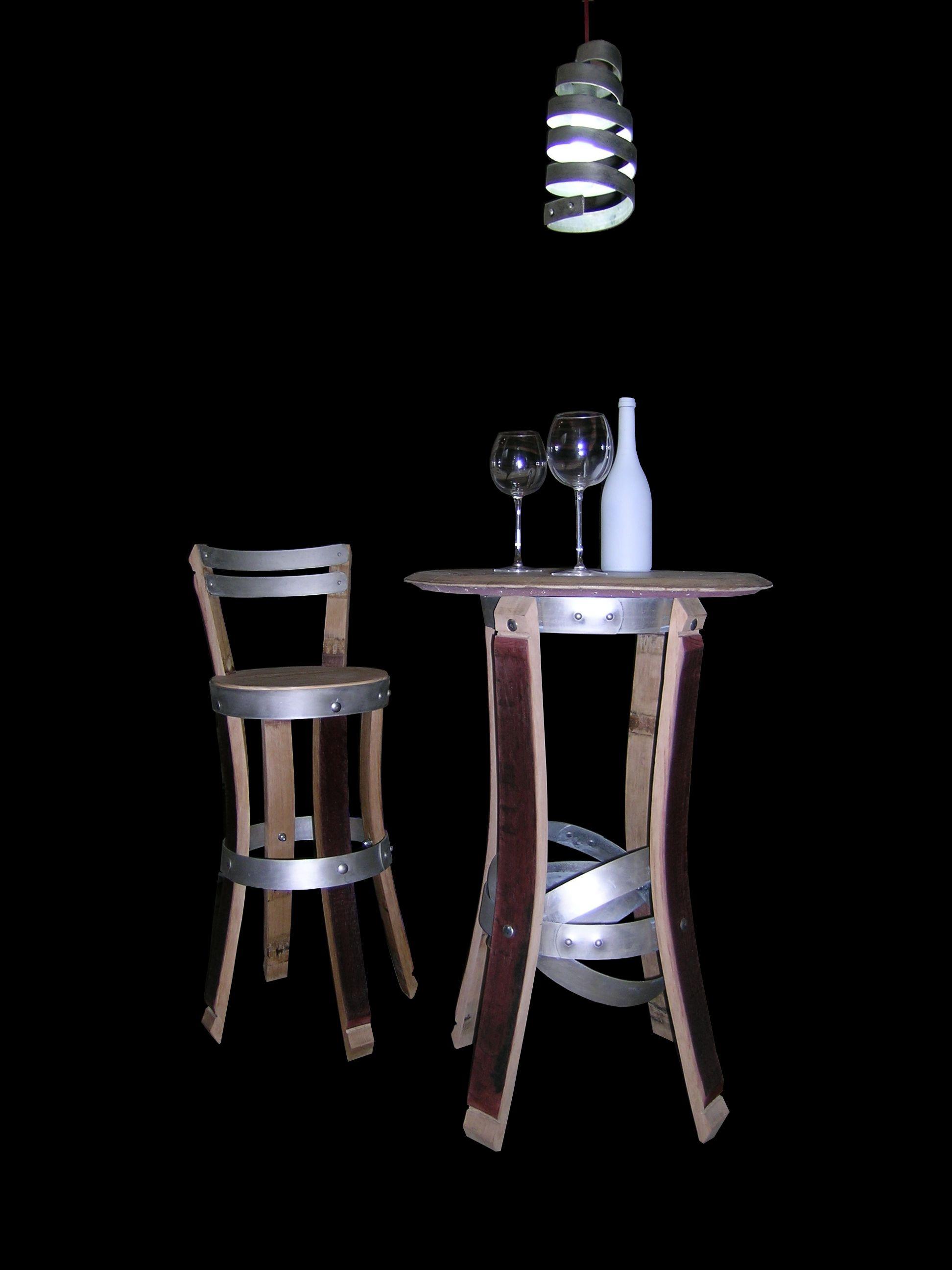 chaise haute et mange debout, réalisé en douelles de tonneaux de ... - Chaise Haute Pour Mange Debout