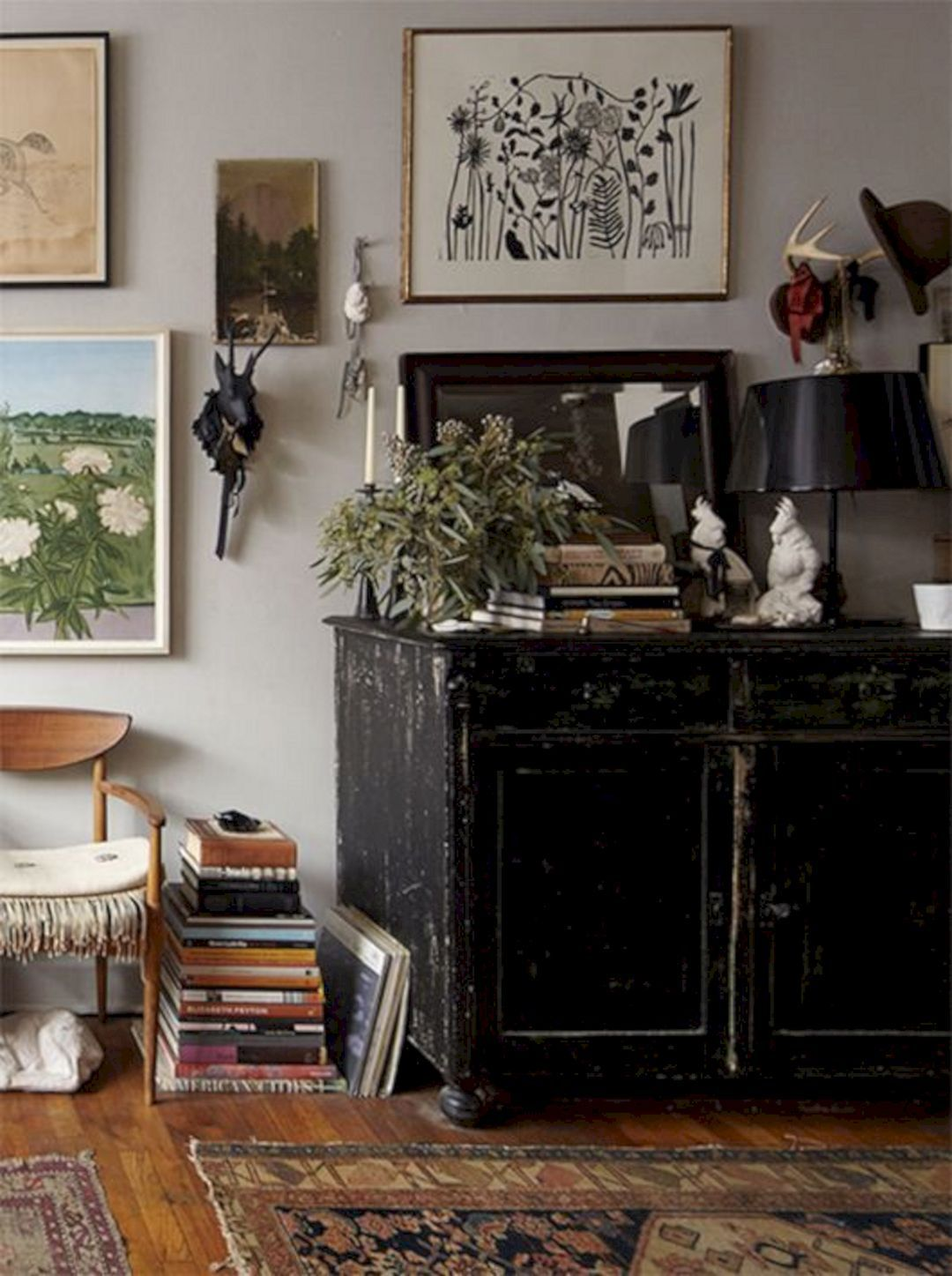 10 Gorgeous Dark Bohemian Decoration Ideas For More Comfort images
