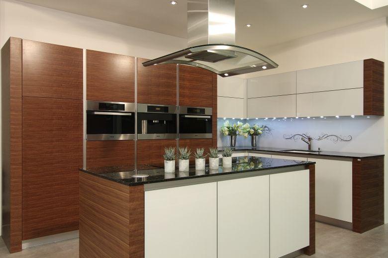 modern kitchen with isle   Modern kitchen, Kitchen ...