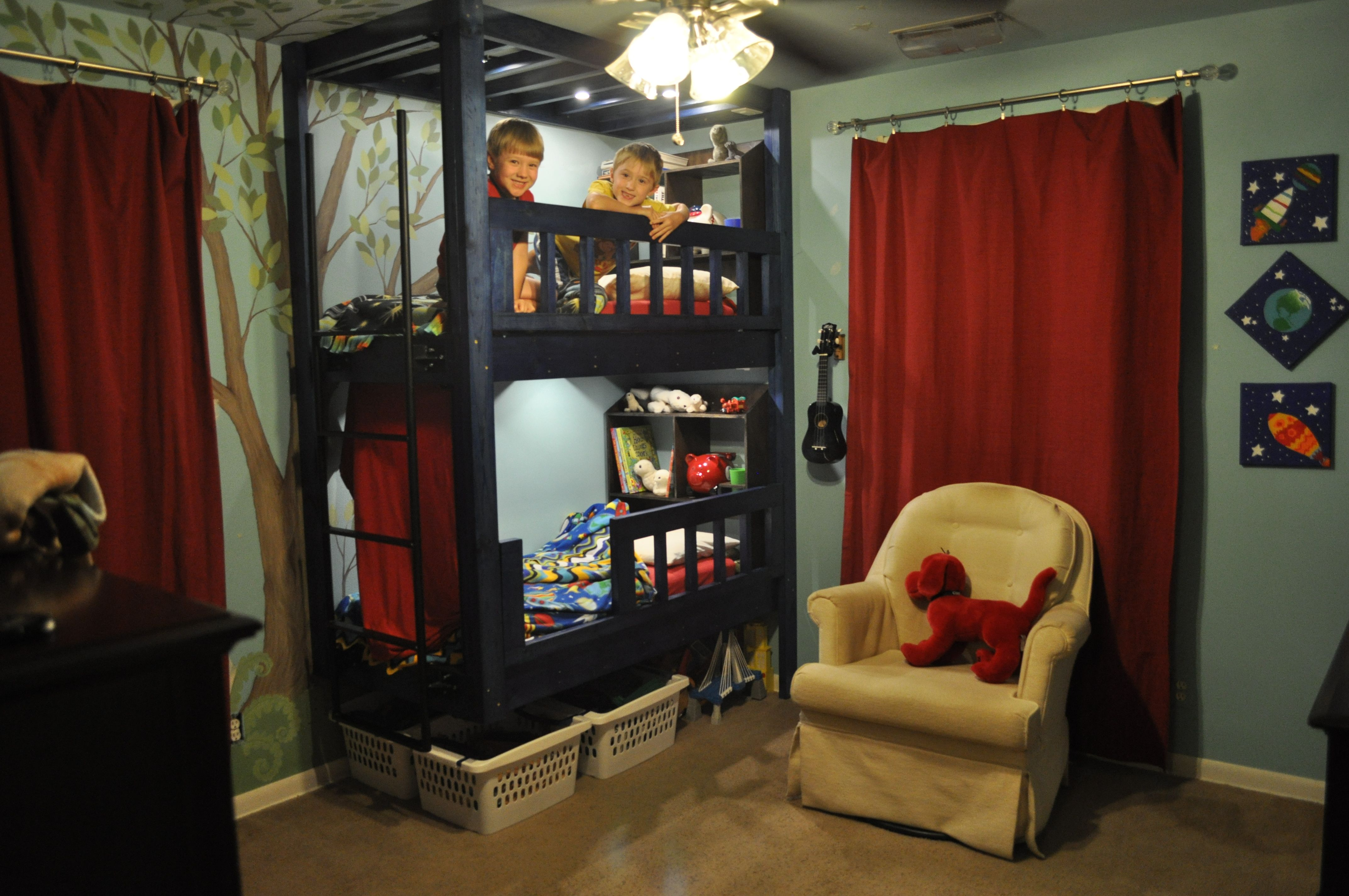 toddler bunk bed made from scratch hubby thought of everything reading lights and clips to. Black Bedroom Furniture Sets. Home Design Ideas
