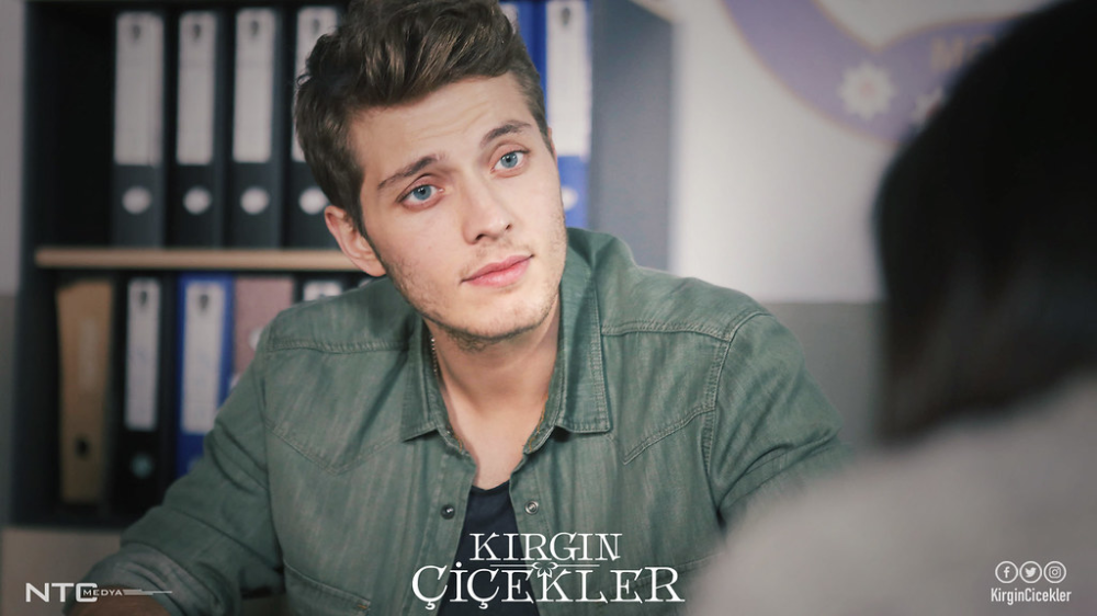 Kirgin Cicekler 2015 2018 Turkish Actors Best Shows Ever Actors