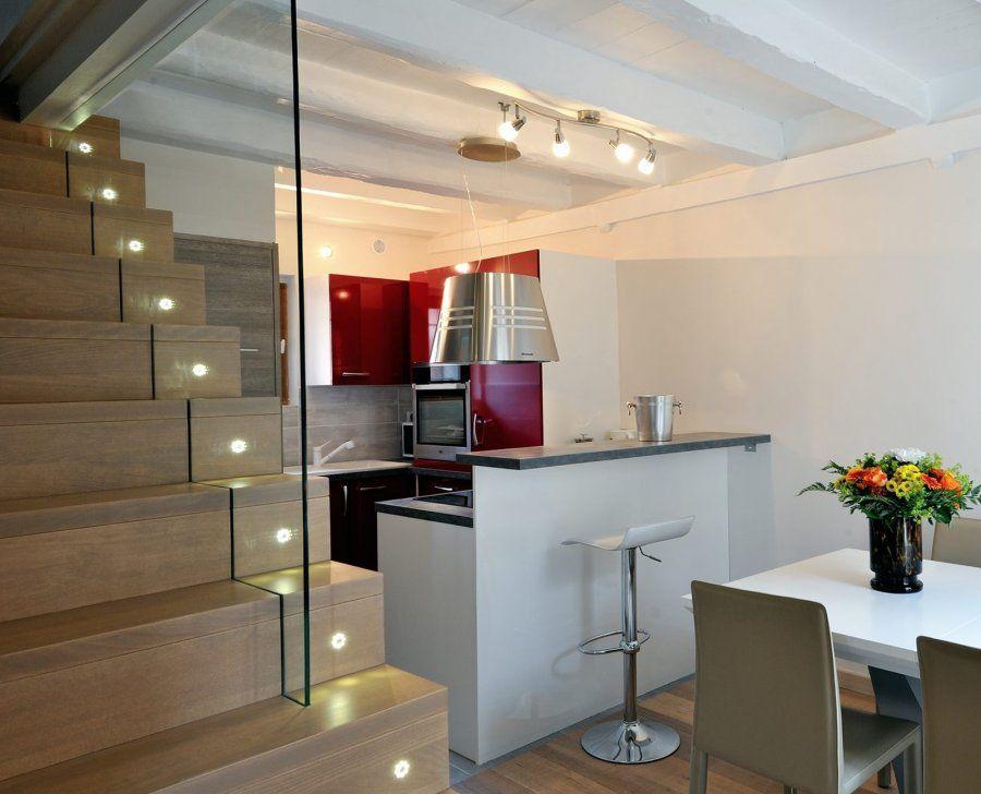 Escalier design Linea, avec marches et contremarches bois Ascenso ...