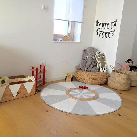 Bildergebnis für spielecke wohnzimmer  Kinder zimmer, Kuschelecke