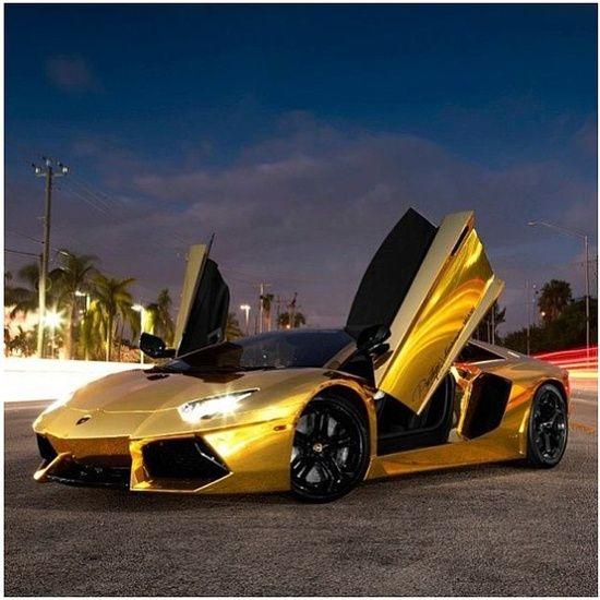 Lamborghini Financing: Gold Lamborghini Aventador