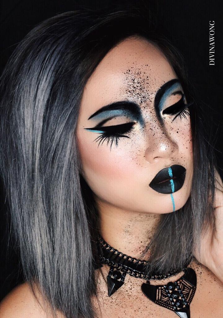 PECULIAR   Instagram  DIVINAWONG  makeup  makeupart  creative  fdacde9292d2