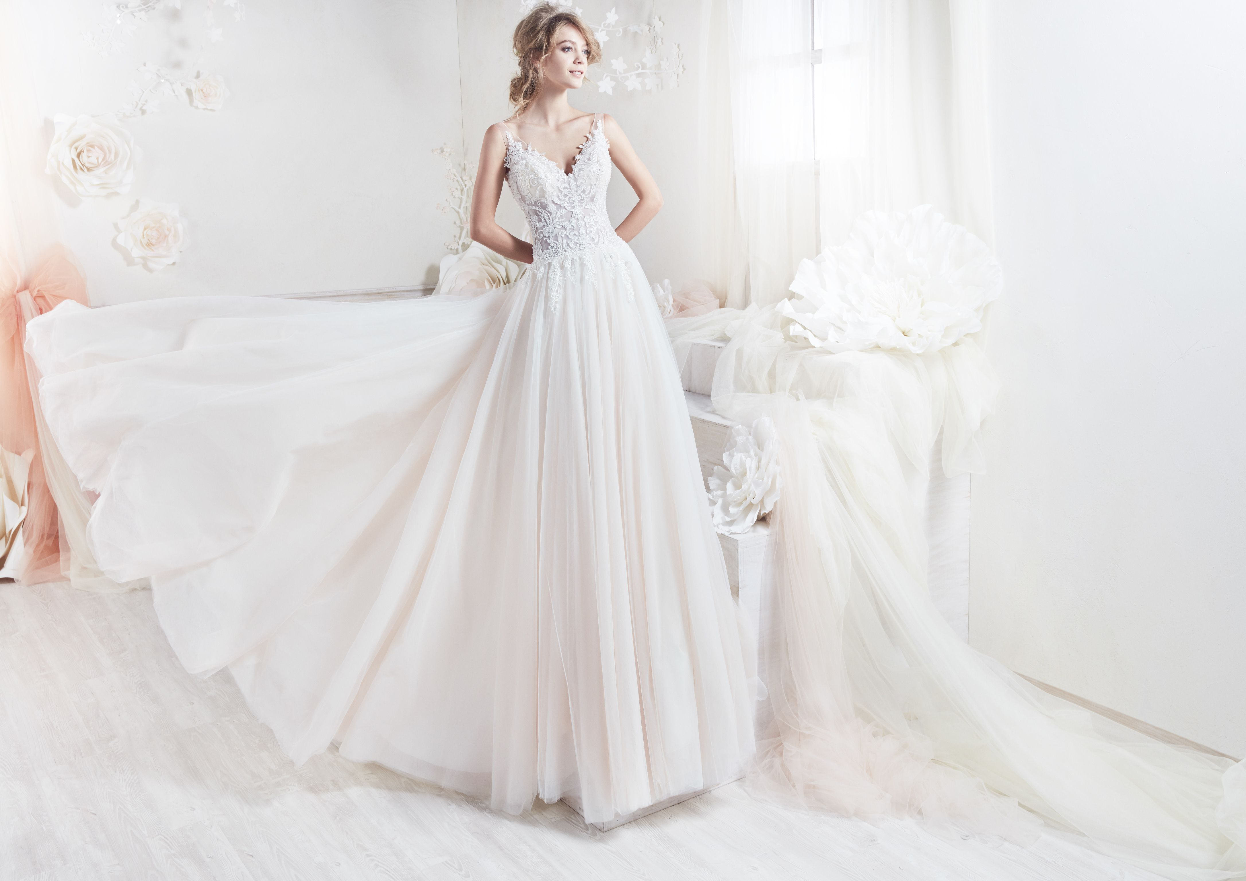 44++ Rustic lace wedding dress for sale information