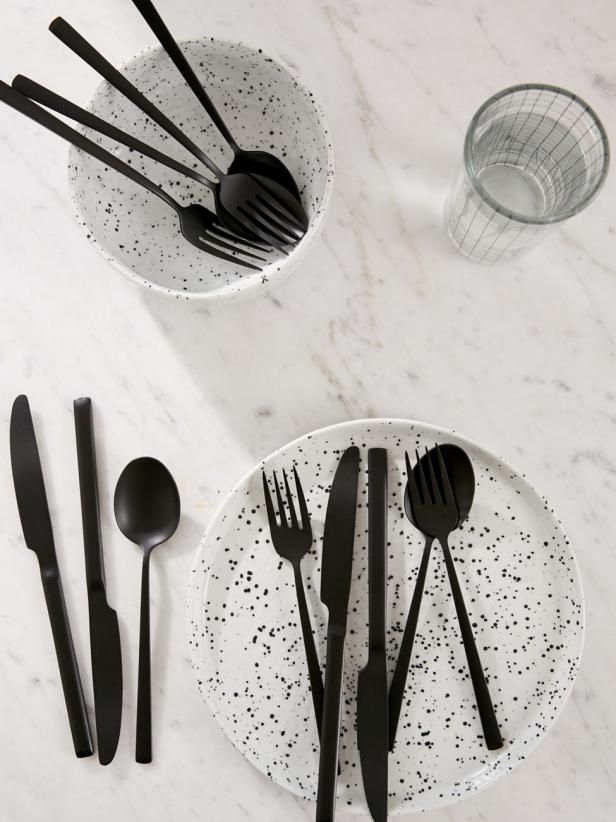 Find Chic Black Matte Accessories for Your Home in Our Shopping Guide