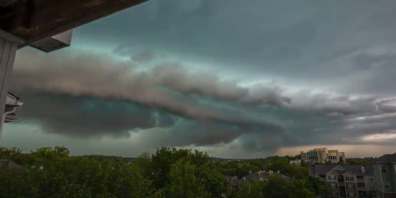 Powerful Derecho storm strikes Tennessee causing worst ...