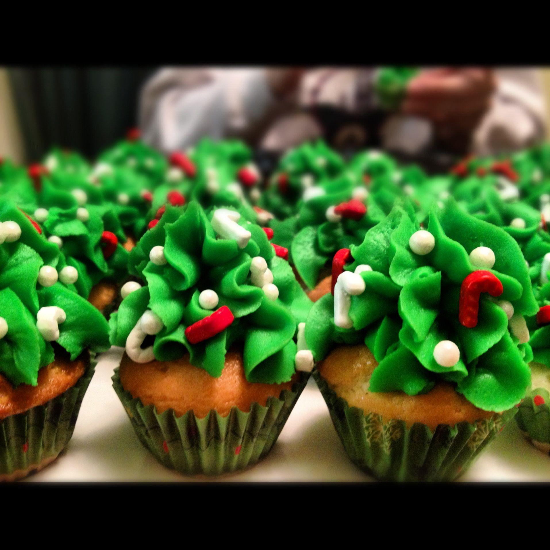 Mini Christmas Tree Cupcakes Cupcakes Pinterest Christmas